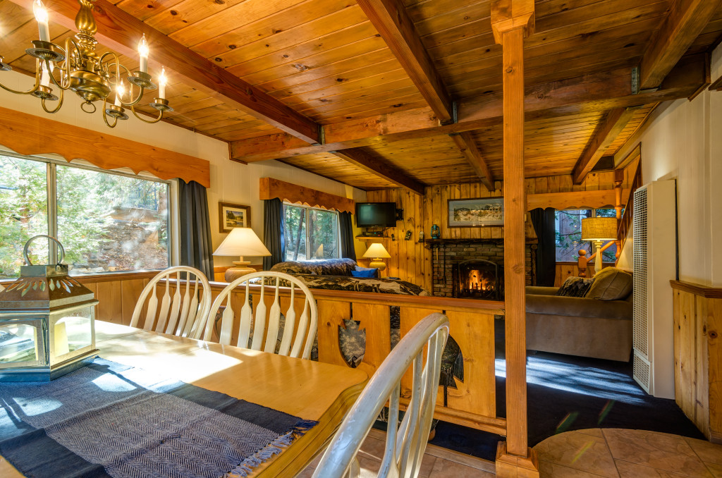Winter Ski Chalet Lake Arrowhead Cabin Rental Pine Rose Cabins